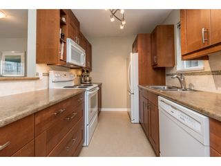 """Photo 7: 209 3938 ALBERT Street in Burnaby: Vancouver Heights Townhouse for sale in """"HERITAGE GREEN"""" (Burnaby North)  : MLS®# R2146061"""