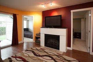 """Photo 6: 104 19340 65 Avenue in Surrey: Clayton Condo for sale in """"Esprit"""" (Cloverdale)  : MLS®# R2014619"""