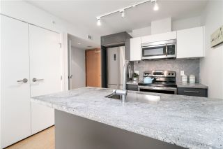 """Photo 6: 912 188 KEEFER Street in Vancouver: Downtown VE Condo for sale in """"188 KEEFER"""" (Vancouver East)  : MLS®# R2306142"""