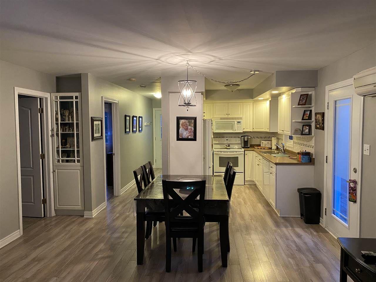 Photo 5: Photos: 7327 Main Street in Louisbourg: 206-Louisbourg Residential for sale (Cape Breton)  : MLS®# 202025505