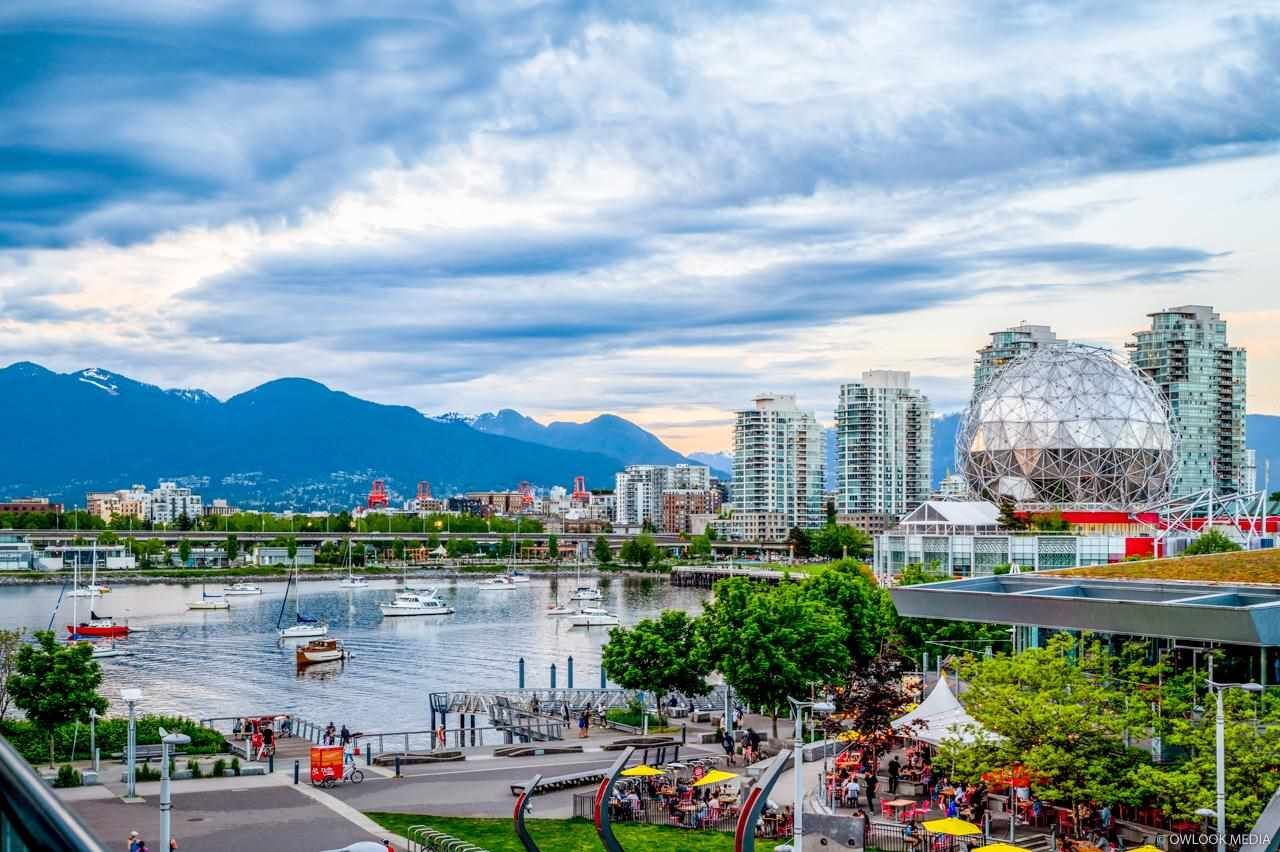 Main Photo: 402 1625 MANITOBA Street in Vancouver: False Creek Condo for sale (Vancouver West)  : MLS®# R2616547