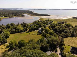 Photo 4: 135 Drews Hill Road in Petit Riviere: 405-Lunenburg County Residential for sale (South Shore)  : MLS®# 202121388