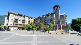 """Main Photo: 219 1211 VILLAGE GREEN Way in Squamish: Downtown SQ Condo for sale in """"Village Green"""" : MLS®# R2587650"""