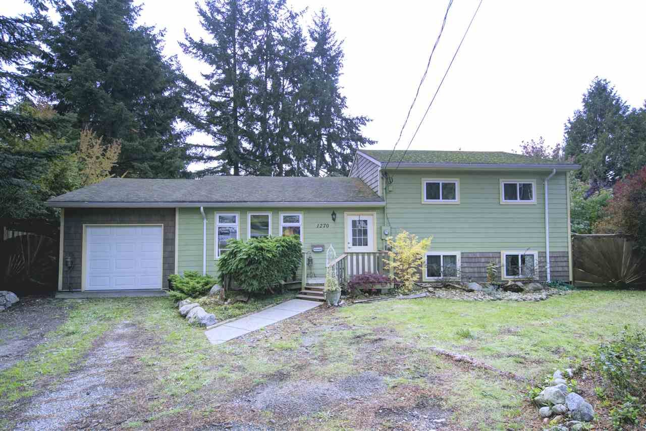 Main Photo: 1270 MARION Place in Gibsons: Gibsons & Area House for sale (Sunshine Coast)  : MLS®# R2509185