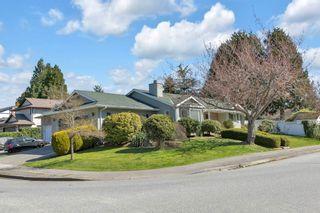 Photo 1: 1936 E SOUTHMERE Crescent in Surrey: Sunnyside Park Surrey House for sale (South Surrey White Rock)  : MLS®# R2566809