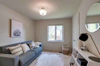 Photo 17: 2416 34 Avenue NW in Calgary: Charleswood Detached for sale : MLS®# A1116419