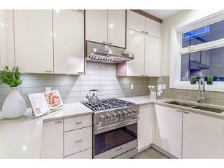 """Photo 4: 37 E 13TH Avenue in Vancouver: Mount Pleasant VE Townhouse for sale in """"Main St Area"""" (Vancouver East)  : MLS®# V1071232"""