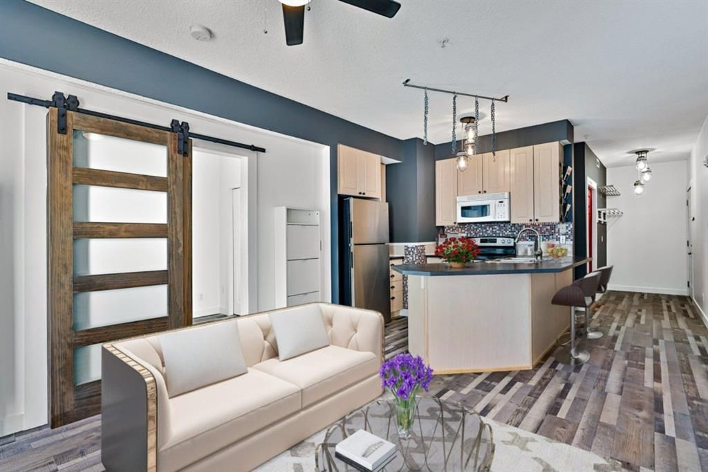 Living, Kitchen & Entry