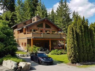 """Photo 1: 2347 CHEAKAMUS Way in Whistler: Bayshores House for sale in """"Bayshores"""" : MLS®# R2595543"""