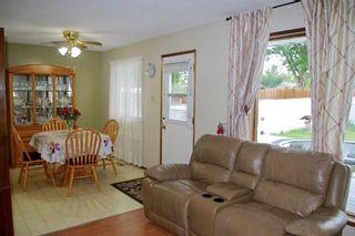 Photo 3: For Sale: 1705 2A Avenue N, Lethbridge, T1J 2J3 - A1118612