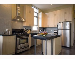 """Photo 8: 412 2635 PRINCE EDWARD Street in Vancouver: Mount Pleasant VE Condo for sale in """"SOMA LOFTS"""" (Vancouver East)  : MLS®# V793823"""