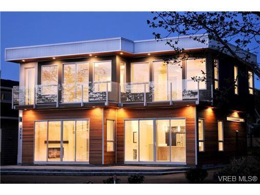 Main Photo: 10105 West Saanich Rd in NORTH SAANICH: NS Sandown House for sale (North Saanich)  : MLS®# 658956
