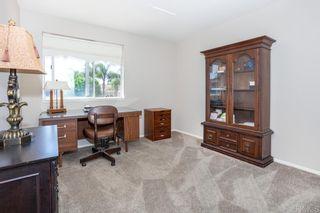 Photo 17: OCEANSIDE House for sale : 4 bedrooms : 4864 Glenhollow Cir