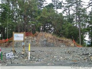 Photo 2: 3677 Coleman Pl in VICTORIA: Co Latoria House for sale (Colwood)  : MLS®# 582104