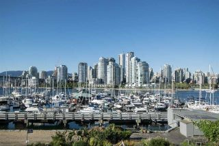 """Photo 1: 1012 IRONWORK Passage in Vancouver: False Creek Townhouse for sale in """"MARINE MEWS"""" (Vancouver West)  : MLS®# R2207669"""