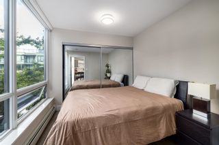 """Photo 13: 328 1783 MANITOBA Street in Vancouver: False Creek Condo for sale in """"Residences at West"""" (Vancouver West)  : MLS®# R2617799"""