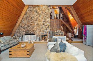 Photo 3: 3195 Woodridge Pl in : Hi Eastern Highlands House for sale (Highlands)  : MLS®# 863968