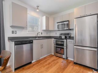 Photo 2: 10 243 Herold Terrace in Saskatoon: Lakewood S.C. Residential for sale : MLS®# SK815541