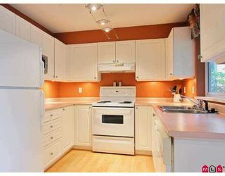 """Photo 2: 107 20088 55A Avenue in Langley: Langley City Condo for sale in """"Parkside Place"""" : MLS®# F2724083"""