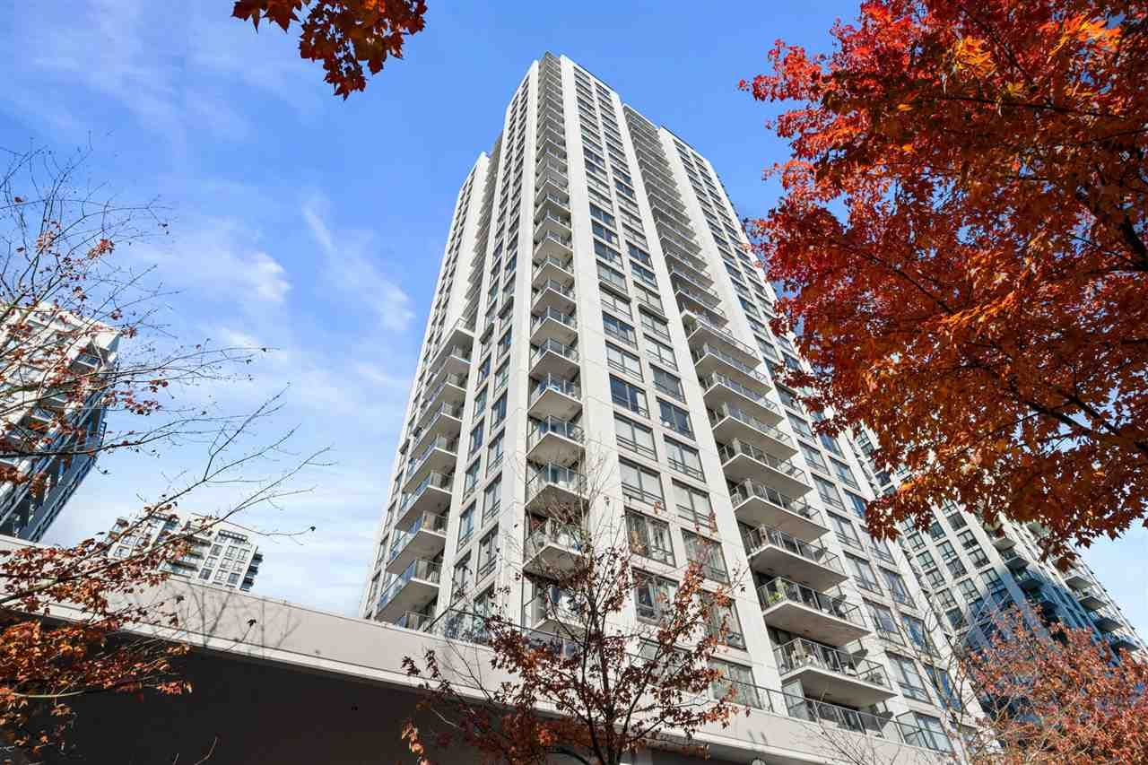 """Main Photo: 907 2979 GLEN Drive in Coquitlam: North Coquitlam Condo for sale in """"Altamante by Bosa"""" : MLS®# R2513265"""