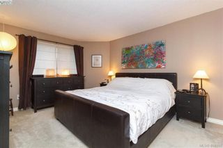 Photo 15: 1283 Santa Maria Pl in VICTORIA: SW Strawberry Vale House for sale (Saanich West)  : MLS®# 804520