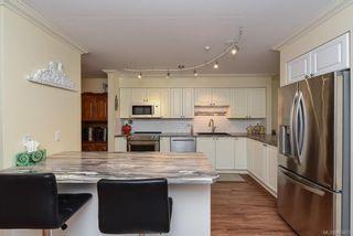 Photo 15: 504 2275 Comox Ave in : CV Comox (Town of) Condo for sale (Comox Valley)  : MLS®# 863475