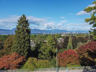 """Photo 25: 3635 W 14TH Avenue in Vancouver: Point Grey House for sale in """"POINT GREY"""" (Vancouver West)  : MLS®# R2615052"""
