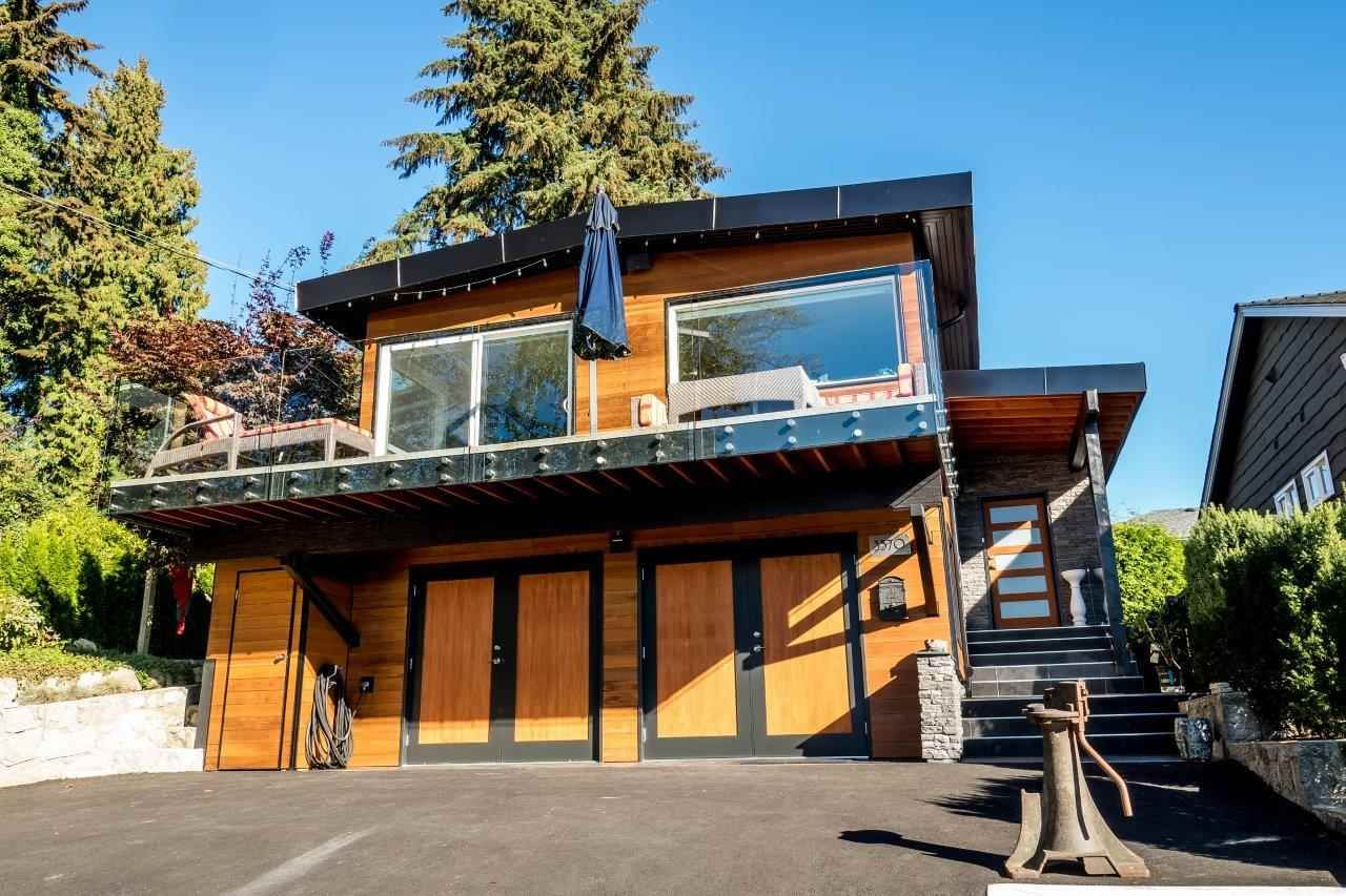 Main Photo: 3570 CALDER AVENUE in North Vancouver: Upper Lonsdale House for sale : MLS®# R2115870