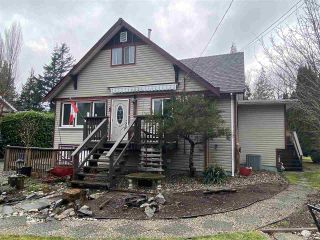 Photo 1: 555 ECHO Avenue: Harrison Hot Springs House for sale : MLS®# R2539179