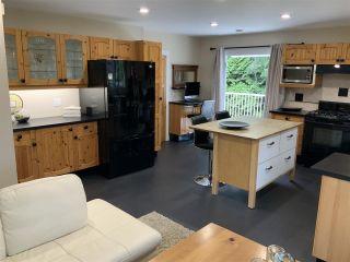 "Photo 5: 5065 1ST Avenue in Delta: Pebble Hill House for sale in ""ENGLISH BLUFF - TSAWWASSEN BEACH"" (Tsawwassen)  : MLS®# R2560136"