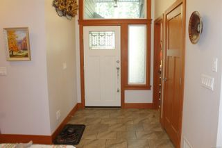 Photo 4: 5160 Cowichan Lake Rd in : Du West Duncan House for sale (Duncan)  : MLS®# 869501