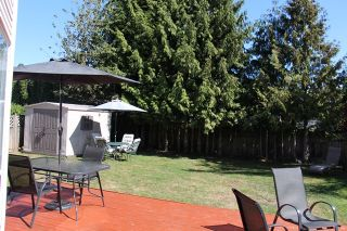 Photo 15: 8708 149 STREET in Surrey: Home for sale : MLS®# R2204720