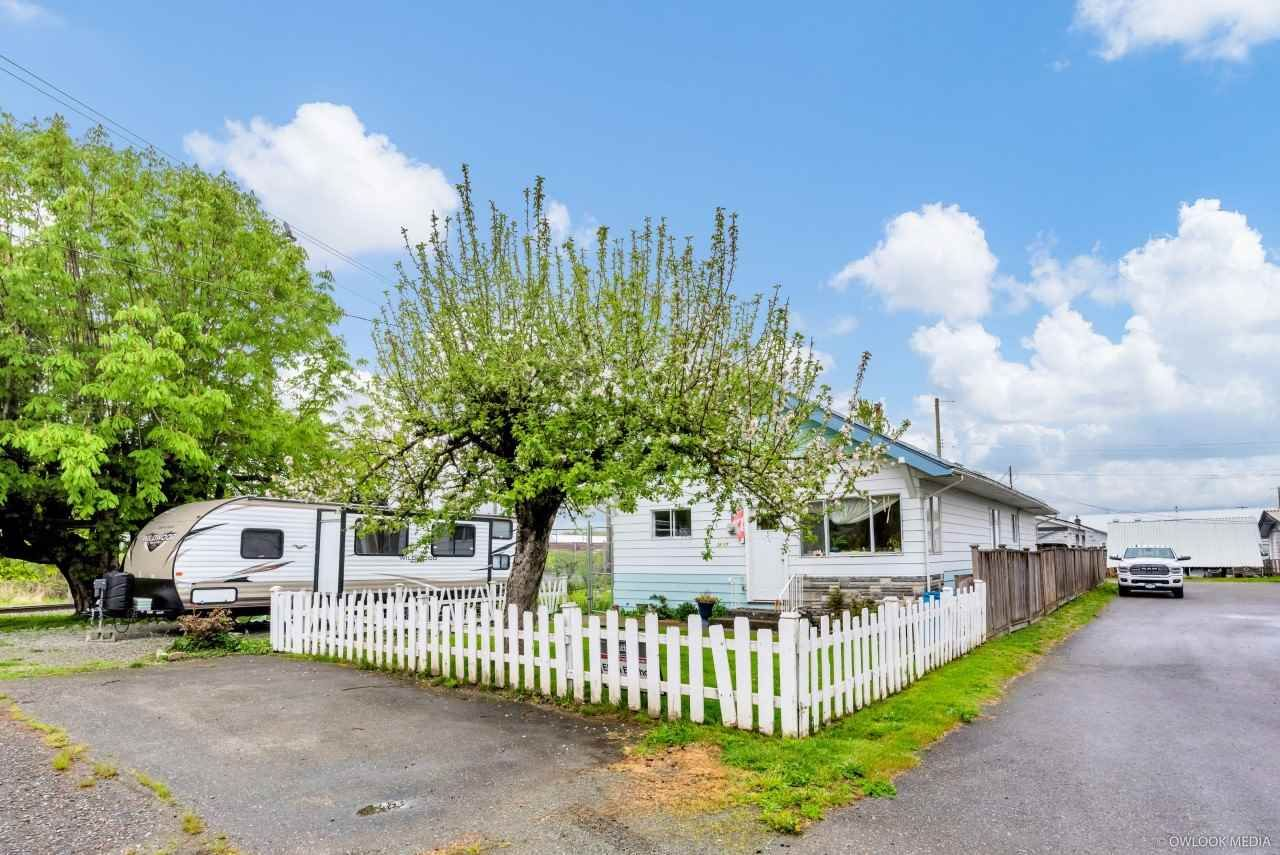 Main Photo: 34587 2ND Avenue: Land Commercial for sale in Abbotsford: MLS®# C8037769