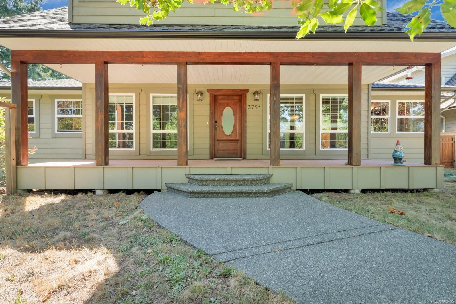 Photo 3: Photos: 375 Butchers Rd in : CV Comox (Town of) House for sale (Comox Valley)  : MLS®# 882495