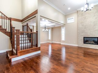 Photo 3: 2212 LORRAINE AVENUE in Coquitlam: Coquitlam East House for sale : MLS®# R2515302
