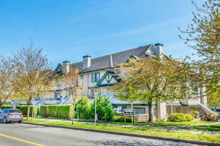 """Photo 4: 216 3978 ALBERT Street in Burnaby: Vancouver Heights Townhouse for sale in """"HERITAGE GREENE"""" (Burnaby North)  : MLS®# R2365578"""