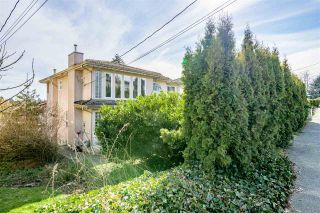 Photo 3: 8072 12TH Avenue in Burnaby: East Burnaby House for sale (Burnaby East)  : MLS®# R2570716