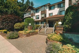 """Photo 2: 312 33375 MAYFAIR Avenue in Abbotsford: Central Abbotsford Condo for sale in """"MAYFAIR PLACE"""" : MLS®# R2604719"""