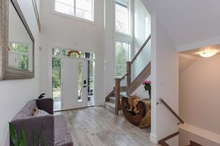 "Photo 2: 12242 207A Street in Maple Ridge: Northwest Maple Ridge House for sale in ""WestRidge"" : MLS®# R2323640"