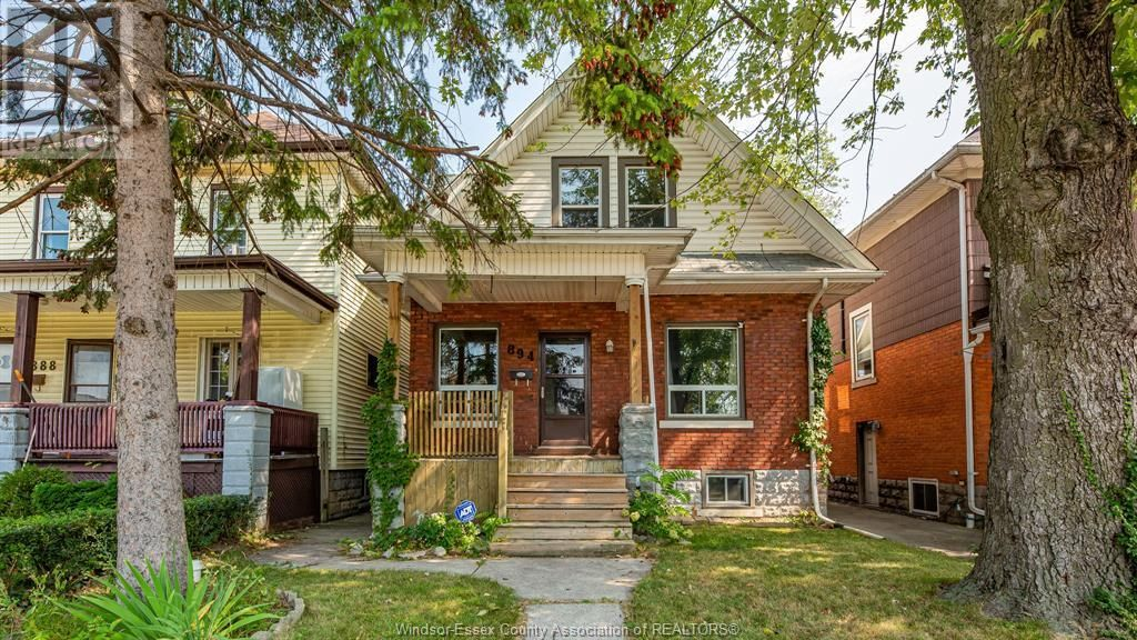 Main Photo: 894 DOUGALL in Windsor: House for sale : MLS®# 21017562