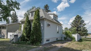 Photo 17: 401 Vancouver Avenue South in Saskatoon: Meadowgreen Residential for sale : MLS®# SK860917