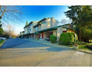 Photo 4: 3402 COPELAND AVENUE in Vancouver East: Home for sale : MLS®# R2133646