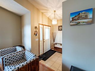 Photo 5: 29 Somerset Gate SW in Calgary: Somerset Detached for sale : MLS®# A1123677