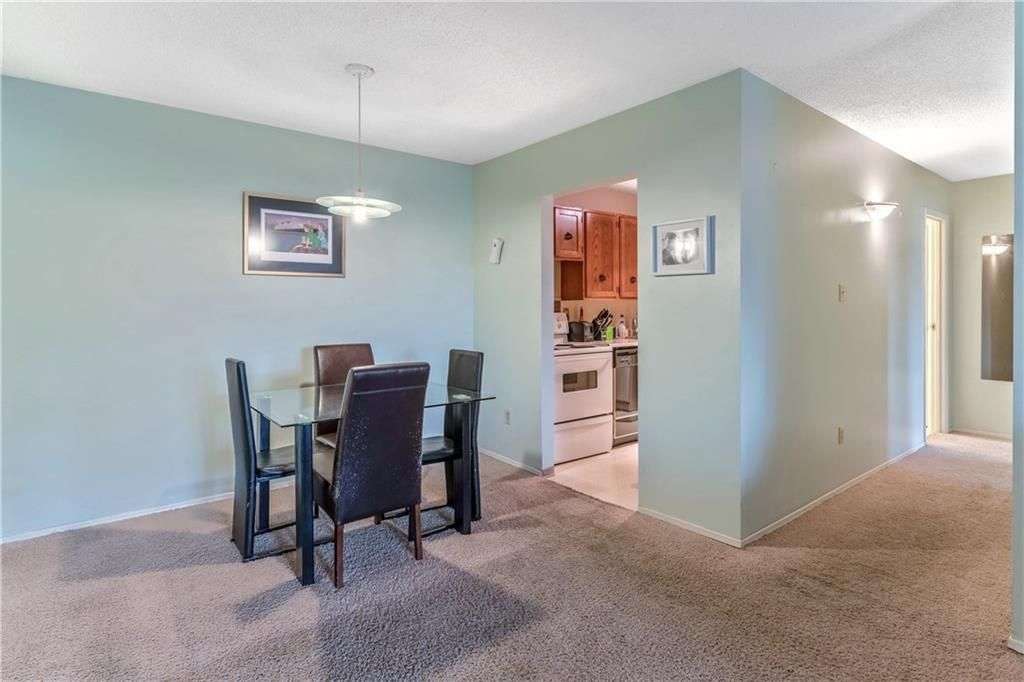 Photo 5: Photos: 9306 315 SOUTHAMPTON Drive SW in Calgary: Southwood Apartment for sale : MLS®# C4224686