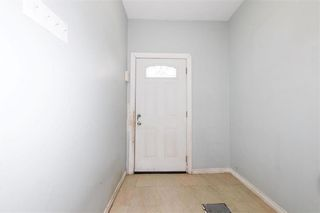Photo 8: 427 College Avenue in Winnipeg: North End Residential for sale (4A)  : MLS®# 202110127