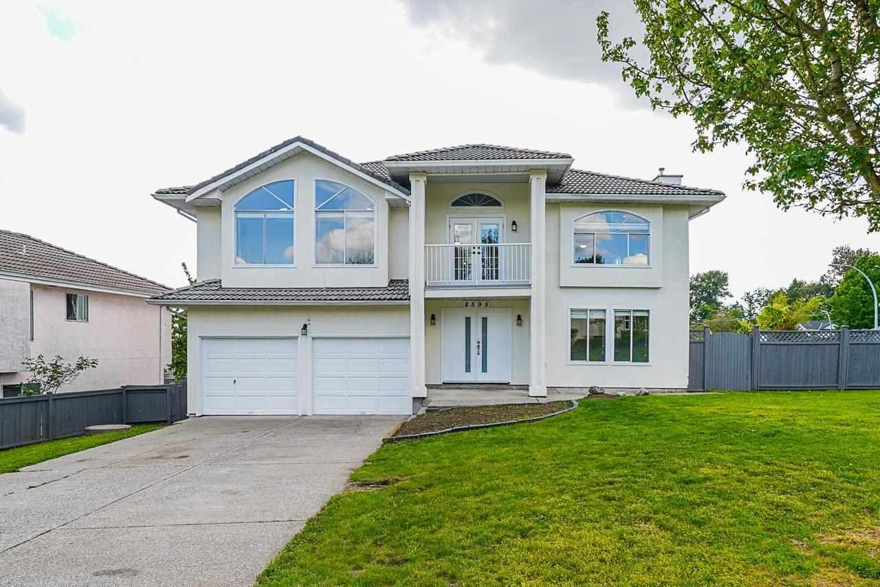 Main Photo: 8595 148B Street in Surrey: Bear Creek Green Timbers House for sale : MLS®# R2582046