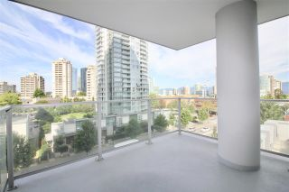 """Photo 10: 707 6538 NELSON Avenue in Burnaby: Metrotown Condo for sale in """"THE MET2"""" (Burnaby South)  : MLS®# R2399182"""