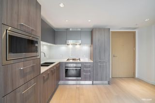 Photo 4: 621 2220 KINGSWAY in Vancouver: Victoria VE Condo for sale (Vancouver East)  : MLS®# R2601867