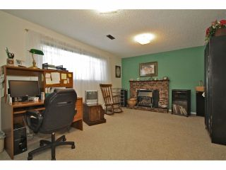 Photo 8: 8841 ROSLIN PL in Surrey: Bear Creek Green Timbers House for sale : MLS®# F1311750