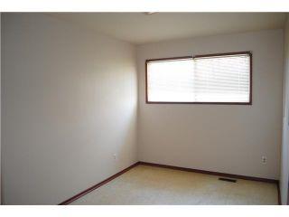 Photo 3: 10216 MAPLECREEK Drive SE in CALGARY: Maple Ridge Residential Detached Single Family for sale (Calgary)  : MLS®# C3616848